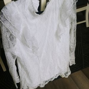 Lace long sleeved top with ruffles